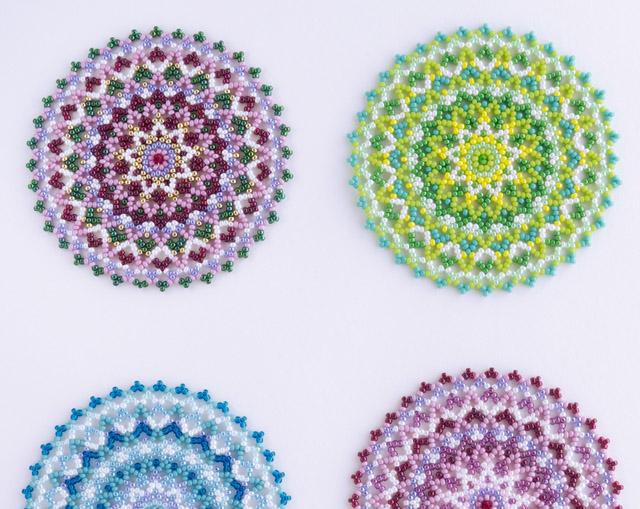 小さな円形のドイリーマット・詳細画像