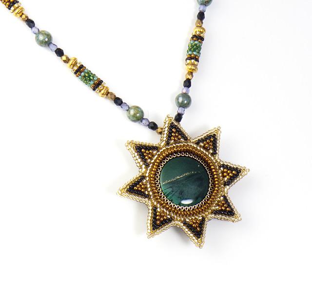 太陽のネックレス:グリーンの詳細画像