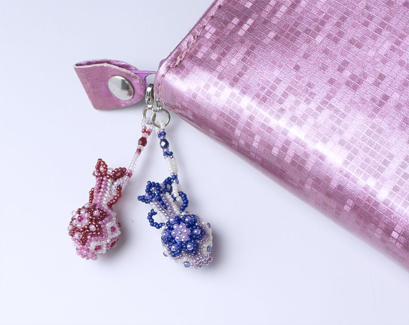 You can use it as a bag charm, a purse charm, a pendant necklace, a keychain charm, and so on.