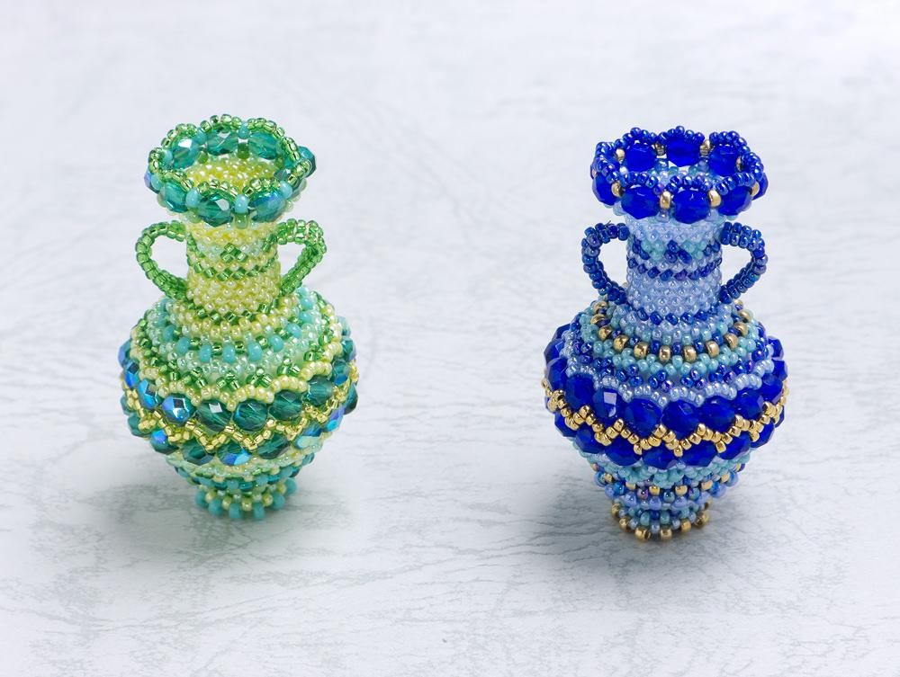 ジグザグ模様の両手付き飾り壷・コバルトとグリーン