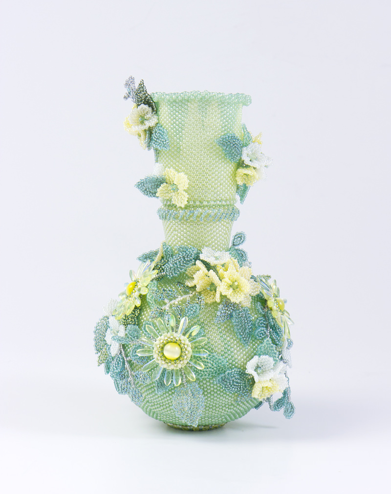 yellow flowers beaded vase sweet pea beadwork