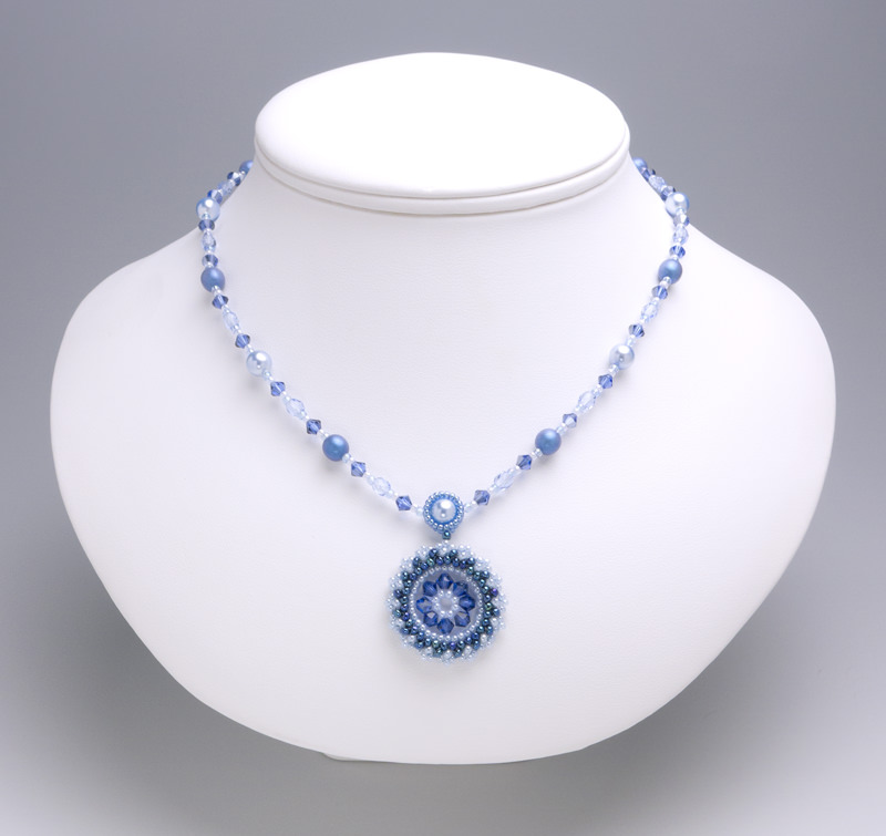 necklace: blue