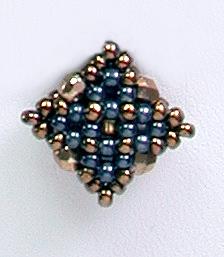 ダイヤモンドチェインステッチのネックレス(ブロンズ&ブラック)の拡大写真